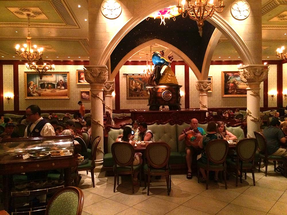 disney-be-our-guest-restaurant-2